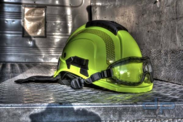 Feuerwehrhelm TYTAN HOT 101 inkl. Nomex Nackenschutz Farbe: Neongelb
